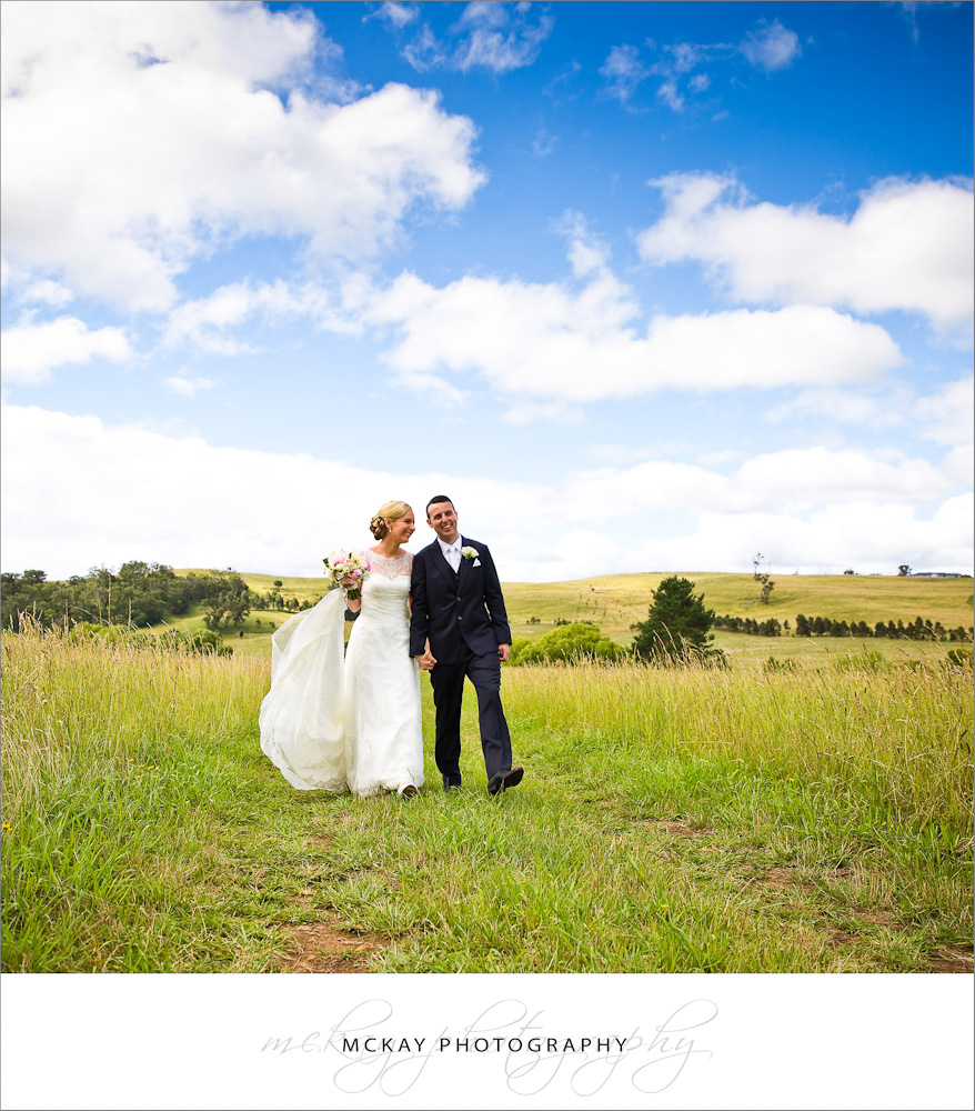 Bride groom grass field near Berrima