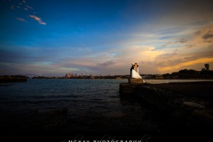 sunset wedding photo clarkes point reserve