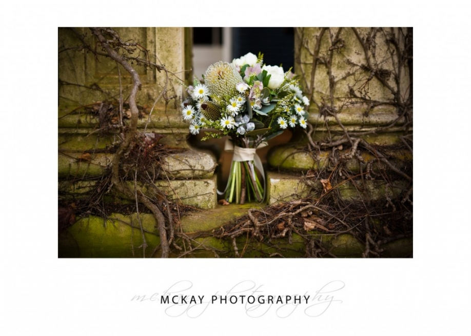 Wedding flowers - vintage rustic vines