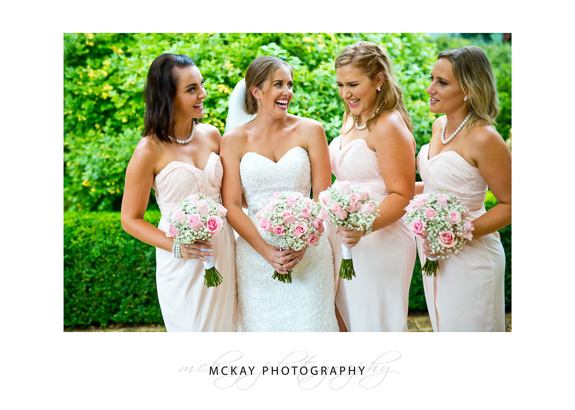 Jen and her bridesmaids