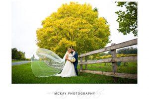 Ayeisha Greg wedding at Peppers Craigieburn Bowral autumn colour