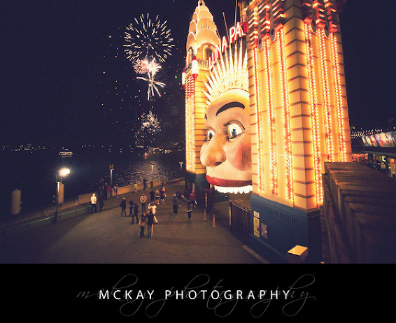 Luna Park at night wedding photo