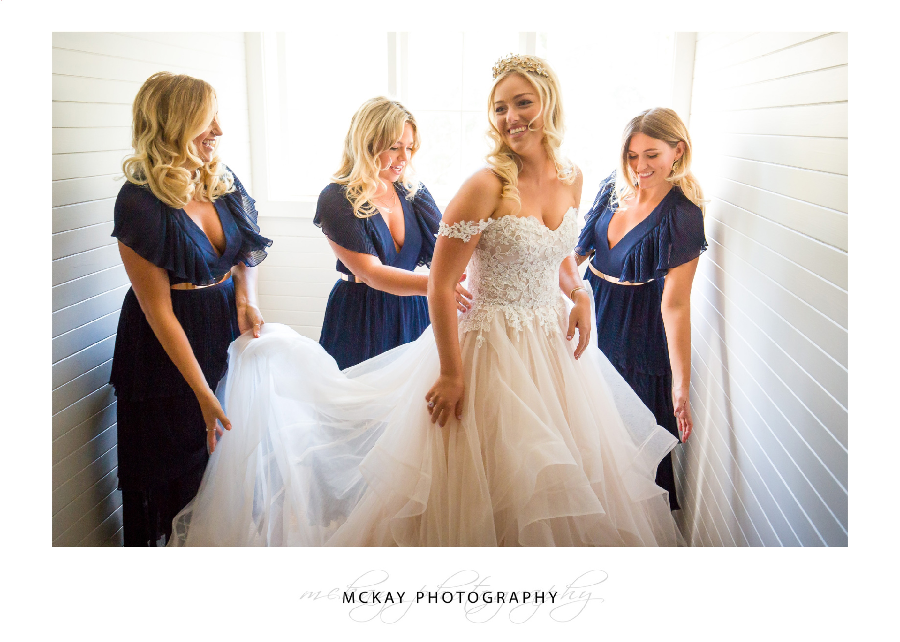 Bride and bridesmaids dressing Coach House Bowral
